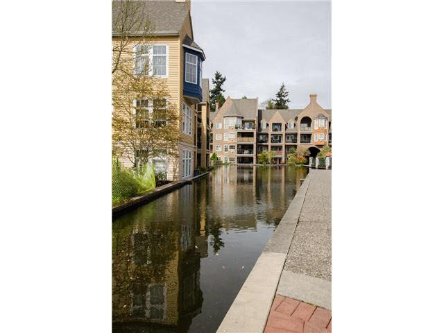"""Photo 11: Photos: 215 1363 56TH Street in Tsawwassen: Cliff Drive Condo for sale in """"Windsor Woods"""" : MLS®# V1114935"""