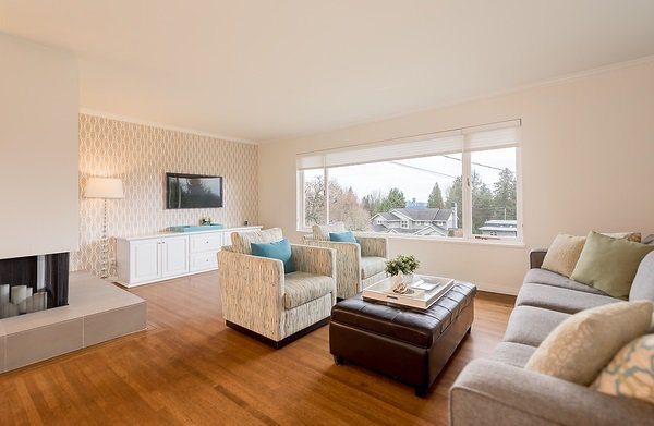 "Photo 5: Photos: 1535 RENA Crescent in West Vancouver: Ambleside House for sale in ""AMBLESIDE ESTATES"" : MLS®# R2025467"