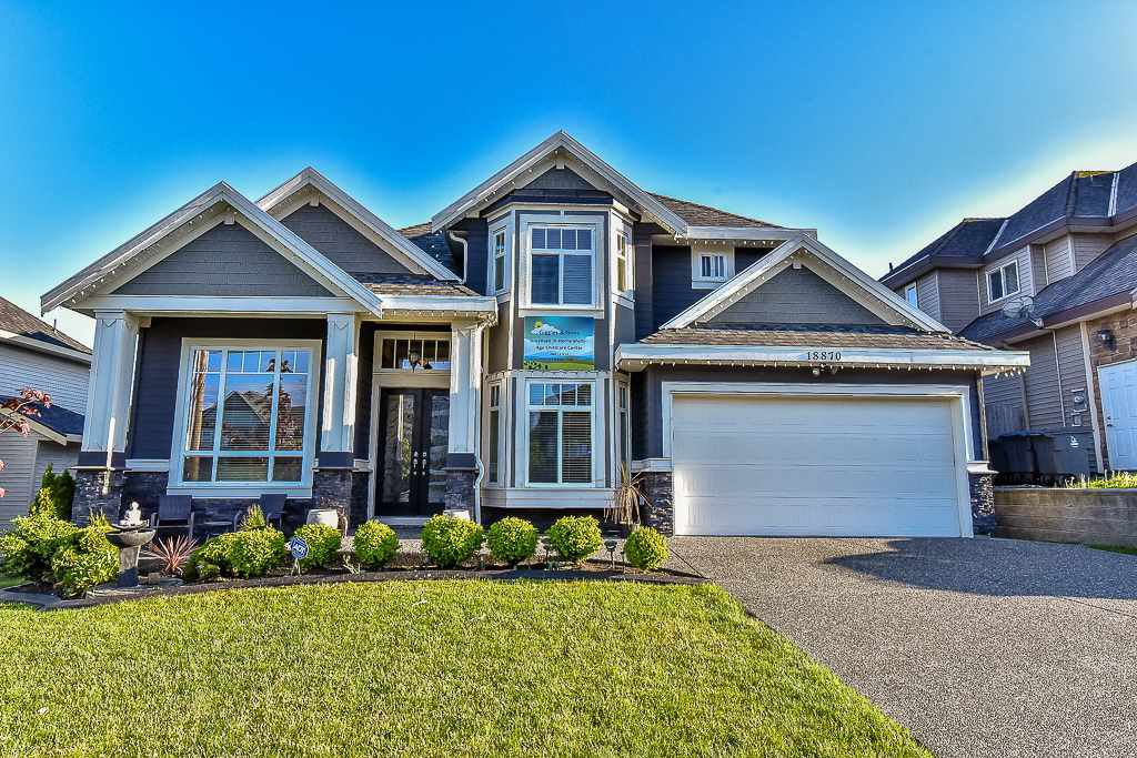 Main Photo: 18870 54 Avenue in Surrey: Cloverdale BC House for sale (Cloverdale)  : MLS®# R2060839