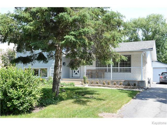 Main Photo: 14 Macalester Bay in Winnipeg: Fort Richmond Residential for sale (1K)  : MLS®# 1625516