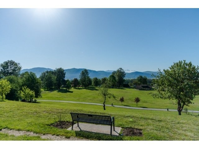 Photo 2: Photos: A117 33755 7TH Avenue in Mission: Mission BC Condo for sale : MLS®# R2143970