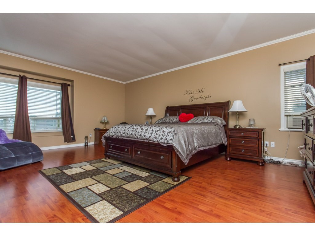 Photo 10: Photos: 36041 SPYGLASS Court in Abbotsford: Abbotsford East House for sale : MLS®# R2154022