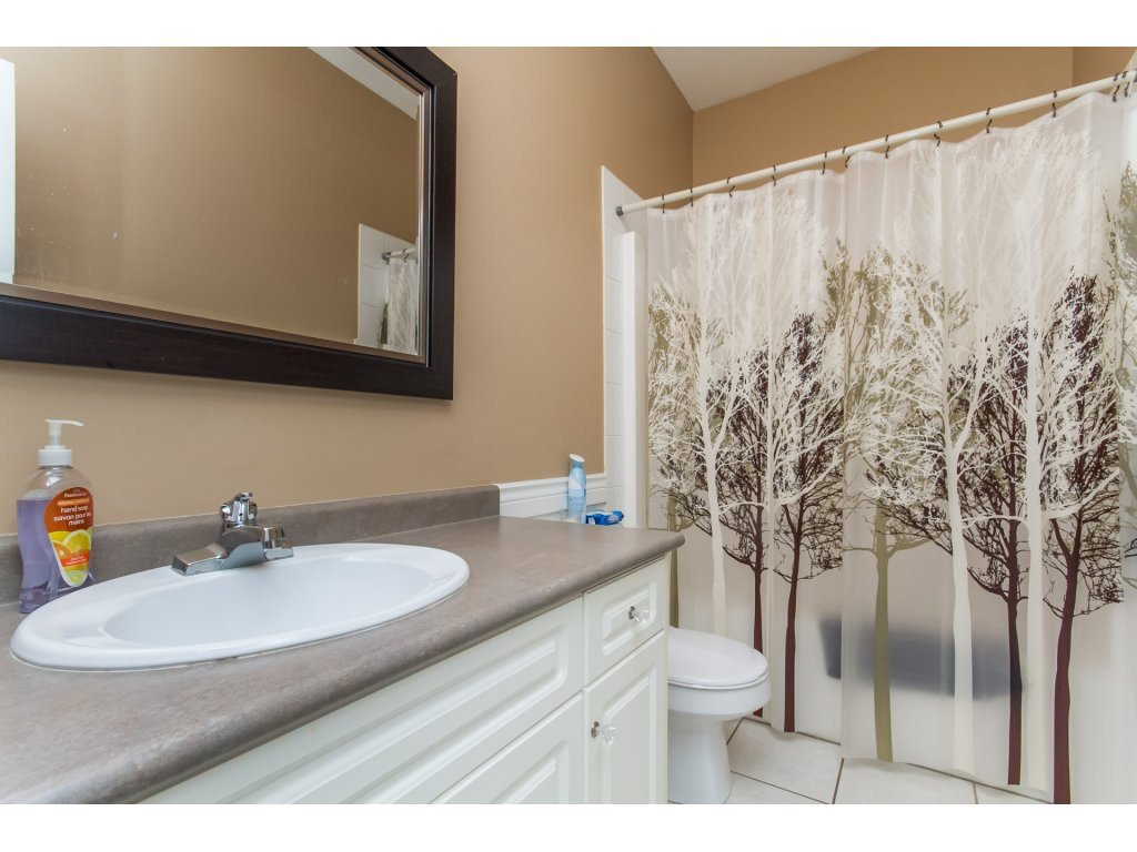 Photo 14: Photos: 36041 SPYGLASS Court in Abbotsford: Abbotsford East House for sale : MLS®# R2154022