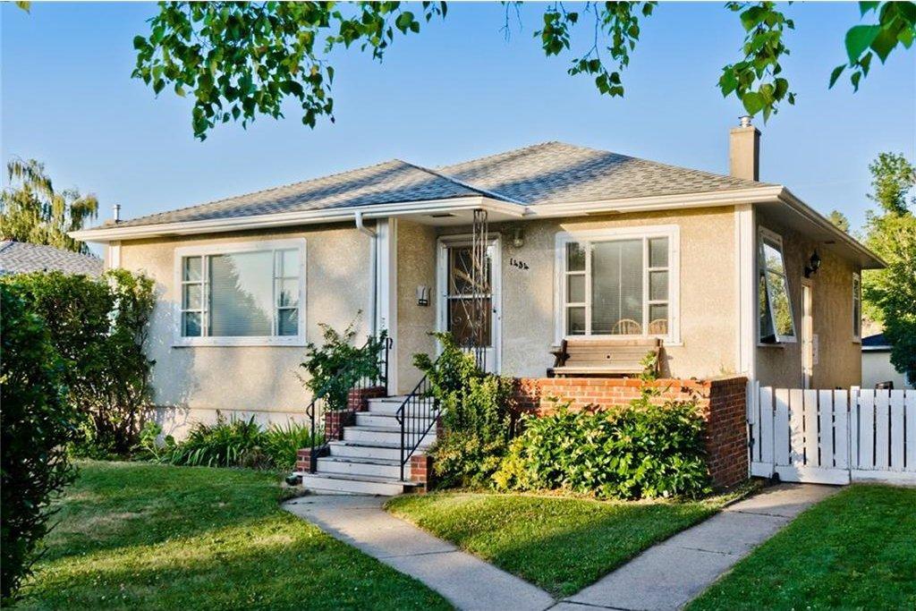 Main Photo: 1434 27 Street SW in Calgary: Shaganappi House for sale : MLS®# C4129516