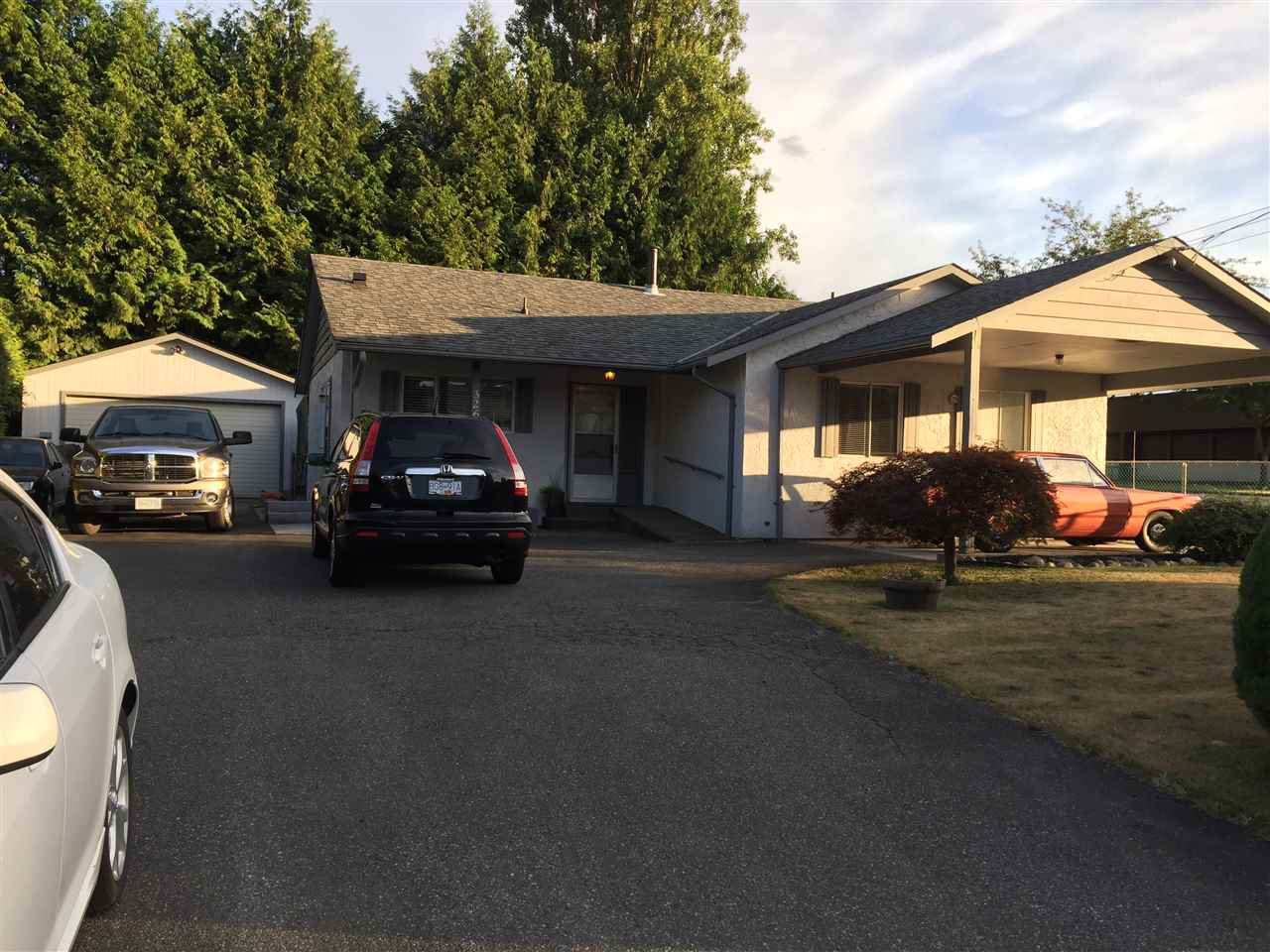 Main Photo: 32656 MARSHALL Road in Abbotsford: Abbotsford West House for sale : MLS®# R2194270