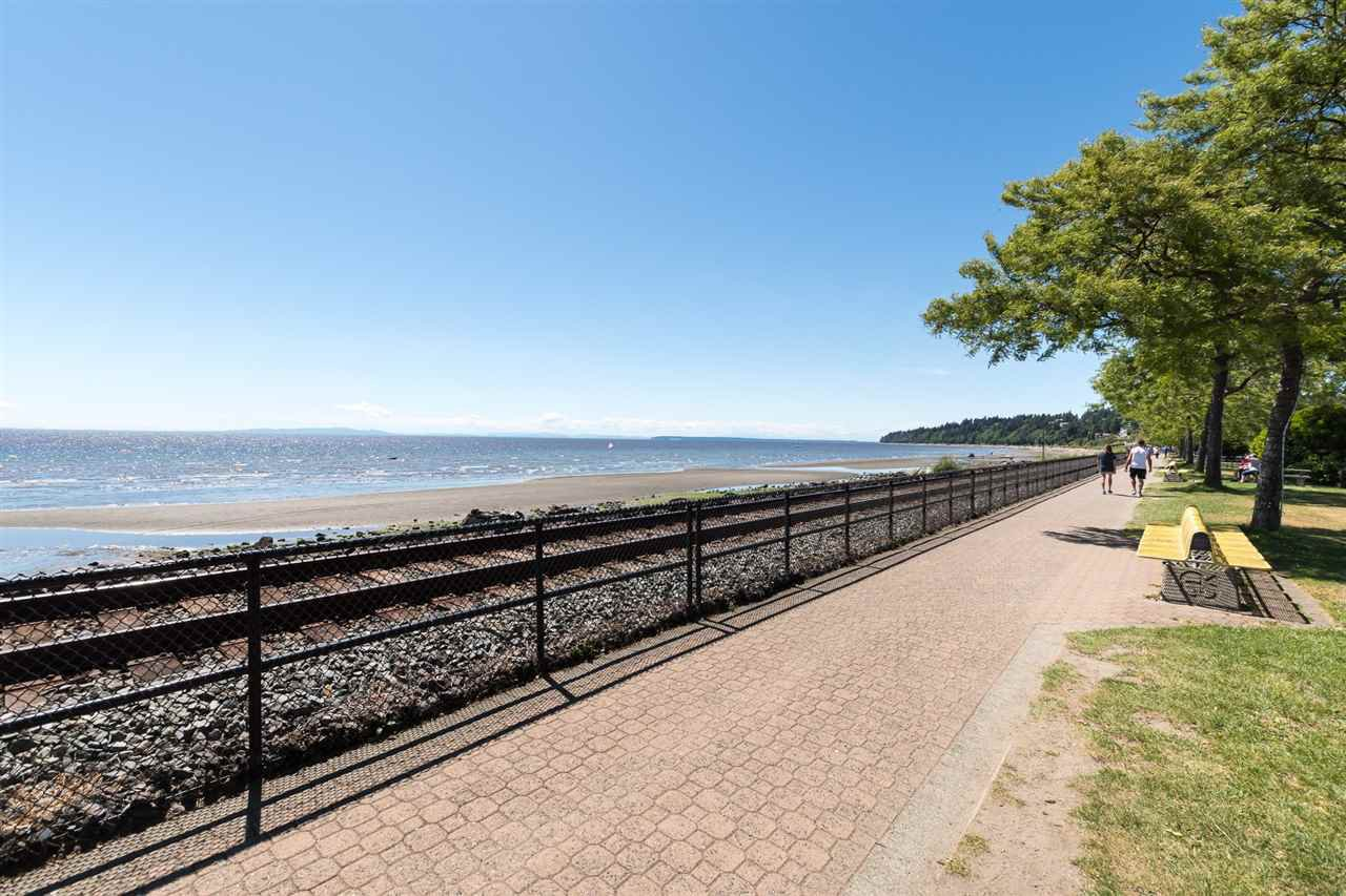 "Main Photo: 206 14881 MARINE Drive: White Rock Condo for sale in ""Driftwood Arms"" (South Surrey White Rock)  : MLS®# R2283714"
