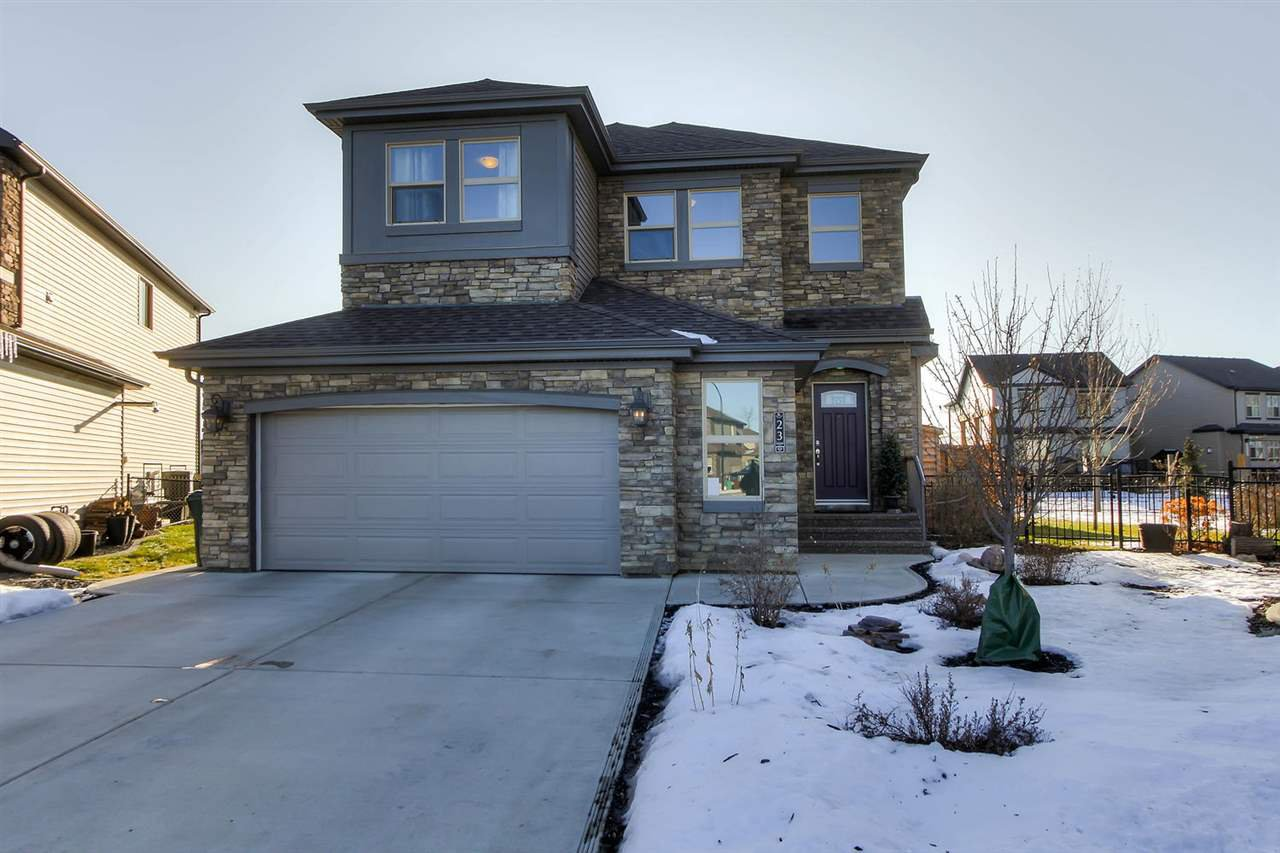 Main Photo: 23 GOVERNOR Place: Spruce Grove House for sale : MLS®# E4180384