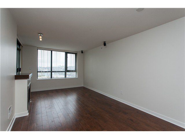 """Photo 3: Photos: 2006 1 RENAISSANCE Square in New Westminster: Quay Condo for sale in """"THE Q"""" : MLS®# V1043023"""