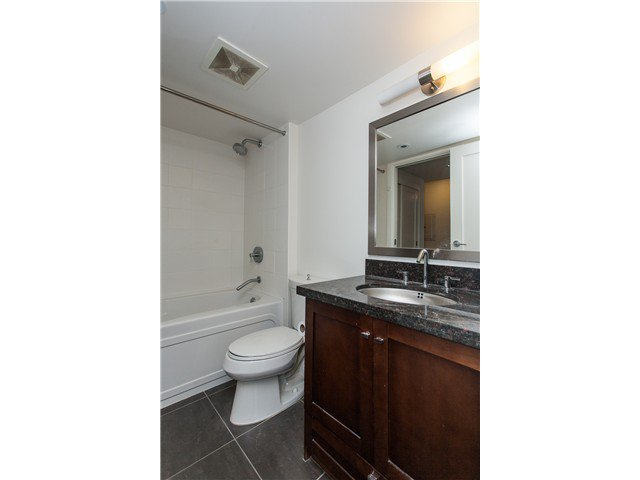 """Photo 11: Photos: 2006 1 RENAISSANCE Square in New Westminster: Quay Condo for sale in """"THE Q"""" : MLS®# V1043023"""