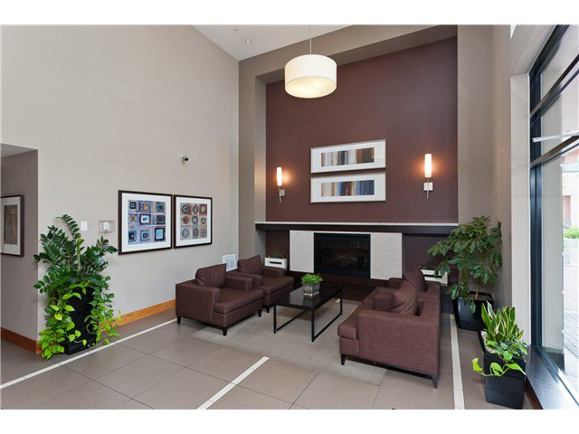 """Photo 2: Photos: 2006 1 RENAISSANCE Square in New Westminster: Quay Condo for sale in """"THE Q"""" : MLS®# V1043023"""