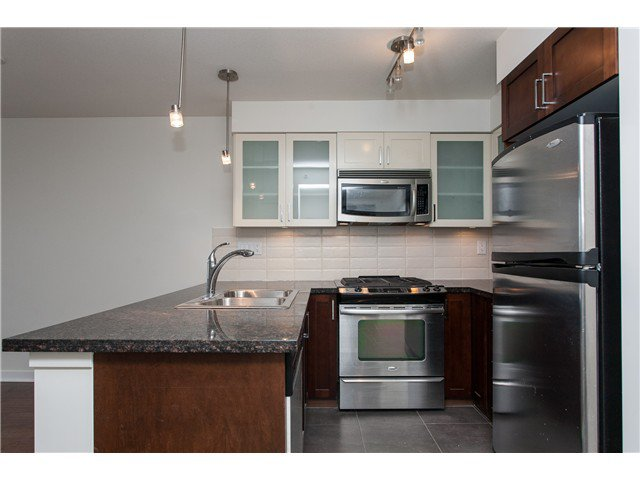 """Photo 7: Photos: 2006 1 RENAISSANCE Square in New Westminster: Quay Condo for sale in """"THE Q"""" : MLS®# V1043023"""
