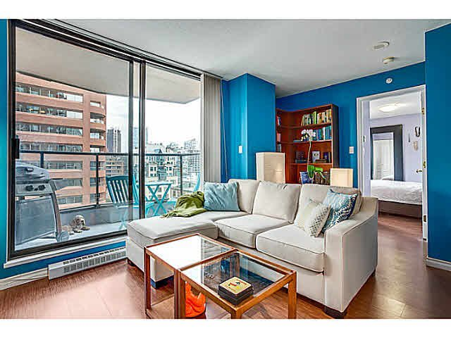 "Main Photo: 1603 1189 HOWE Street in Vancouver: Downtown VW Condo for sale in ""GENESIS"" (Vancouver West)  : MLS®# V1065396"