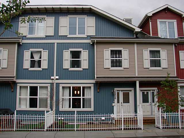 Main Photo: 1206 10 AUBURN BAY Avenue SE in Calgary: Auburn Bay Townhouse for sale : MLS®# C3580088