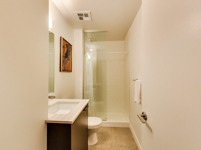 Photo 16: Photos: 524 510 E King Street in Toronto: Moss Park Condo for lease (Toronto C08)  : MLS®# C3242571
