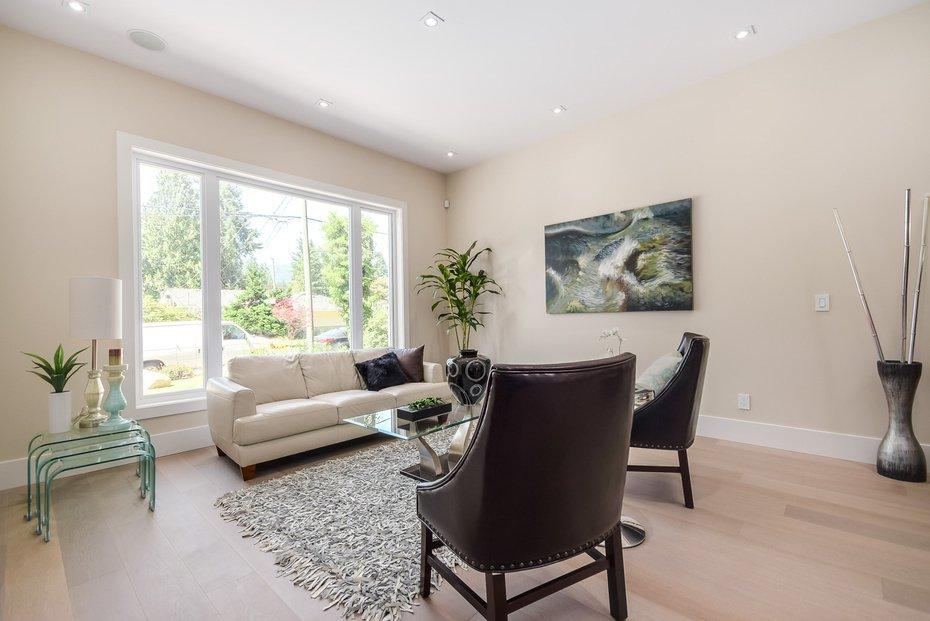 Photo 3: Photos: 3694 LORAINE AV in EDGEMONT VILLAGE AREA: Edgemont Home for sale ()  : MLS®# V1078425