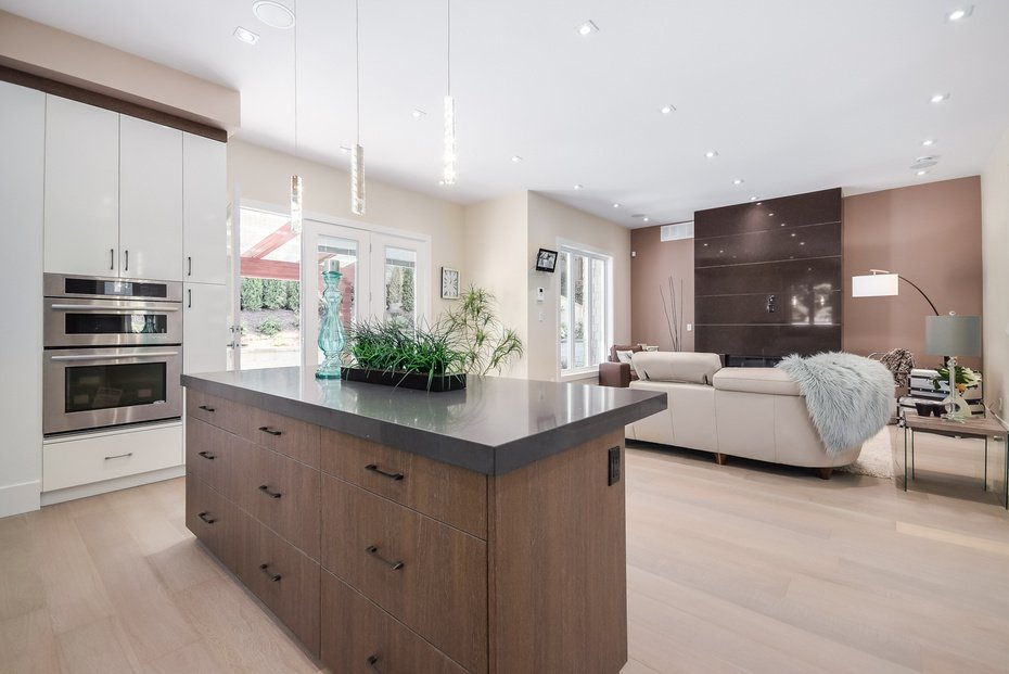 Photo 9: Photos: 3694 LORAINE AV in EDGEMONT VILLAGE AREA: Edgemont Home for sale ()  : MLS®# V1078425