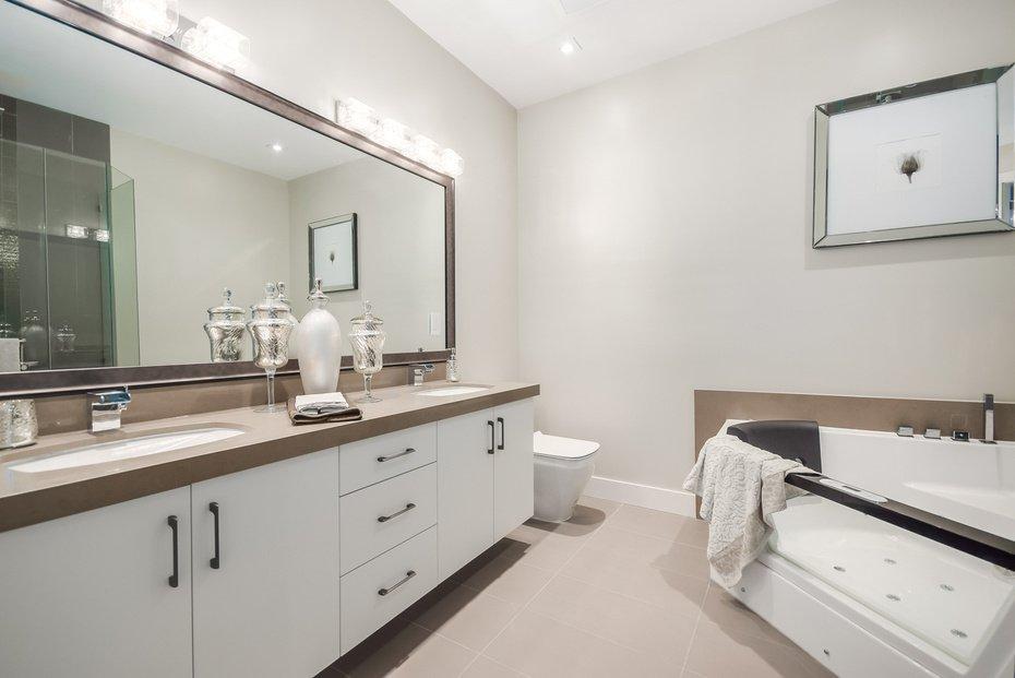 Photo 19: Photos: 3694 LORAINE AV in EDGEMONT VILLAGE AREA: Edgemont Home for sale ()  : MLS®# V1078425
