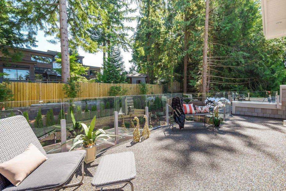 Photo 17: Photos: 3694 LORAINE AV in EDGEMONT VILLAGE AREA: Edgemont Home for sale ()  : MLS®# V1078425