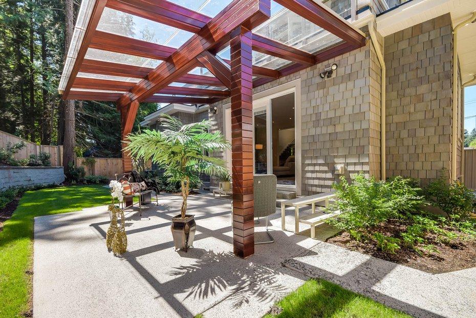 Photo 12: Photos: 3694 LORAINE AV in EDGEMONT VILLAGE AREA: Edgemont Home for sale ()  : MLS®# V1078425