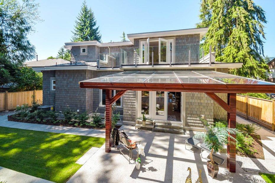 Photo 20: Photos: 3694 LORAINE AV in EDGEMONT VILLAGE AREA: Edgemont Home for sale ()  : MLS®# V1078425