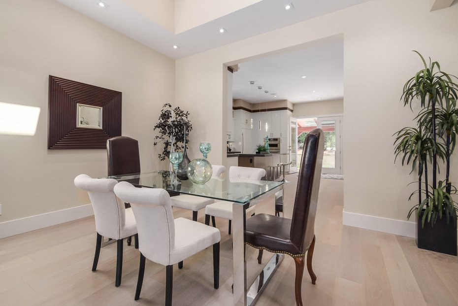 Photo 6: Photos: 3694 LORAINE AV in EDGEMONT VILLAGE AREA: Edgemont Home for sale ()  : MLS®# V1078425