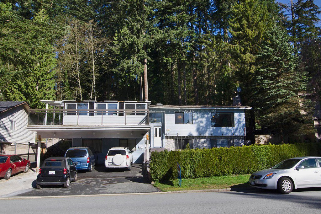 "Main Photo: 438 E BRAEMAR Road in North Vancouver: Upper Lonsdale House for sale in ""Upper Lonsdale/Braemar"" : MLS®# R2050077"