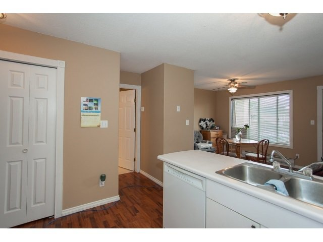 "Photo 11: Photos: 6 6480 VEDDER Road in Sardis: Sardis East Vedder Rd Townhouse for sale in ""WILLOUGBY"" : MLS®# R2067625"