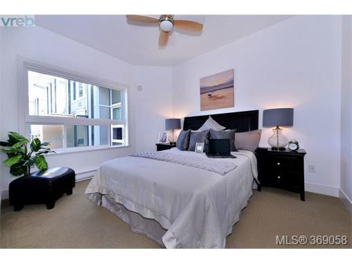 Photo 10: Photos: 407 866 Brock Ave in VICTORIA: La Langford Proper Condo for sale (Langford)  : MLS®# 740121