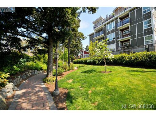 Photo 19: Photos: 407 866 Brock Ave in VICTORIA: La Langford Proper Condo for sale (Langford)  : MLS®# 740121