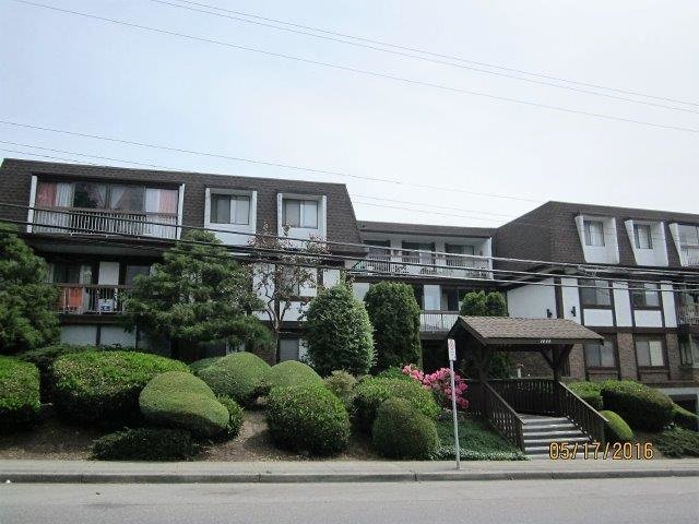"Main Photo: 209 1444 MARTIN Street: White Rock Condo for sale in ""MARTINVIEW MANOR"" (South Surrey White Rock)  : MLS®# R2145935"