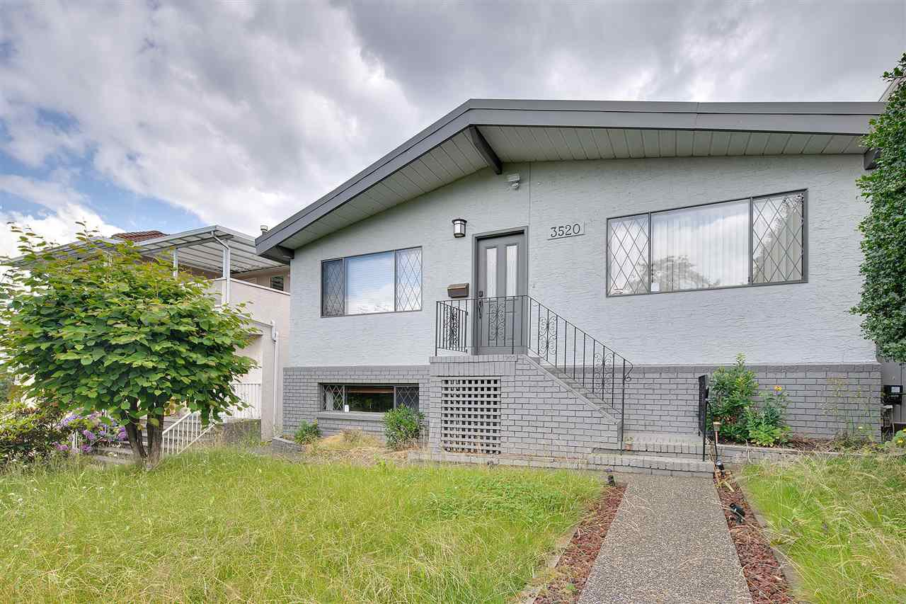 Main Photo: 3520 VIMY CRESCENT in Vancouver: Renfrew Heights House for sale (Vancouver East)  : MLS®# R2172833