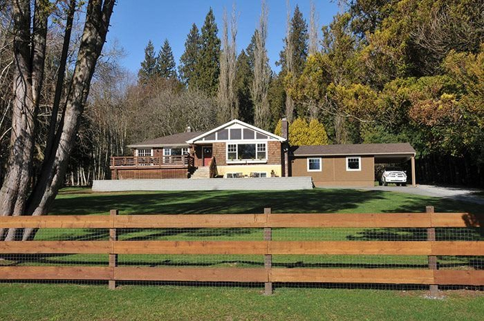 Beautiful south sloping 3 acres in Thornhill