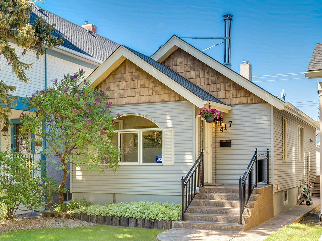 Main Photo: 417 11A Street NW in Calgary: Hillhurst House for sale : MLS®# C4185766