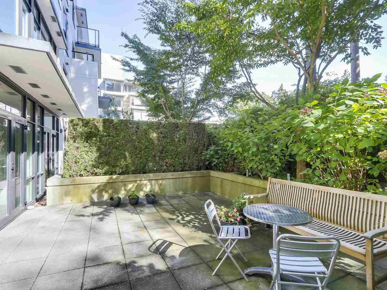"""Main Photo: 105 5958 IONA Drive in Vancouver: University VW Townhouse for sale in """"Argyll House East"""" (Vancouver West)  : MLS®# R2308126"""