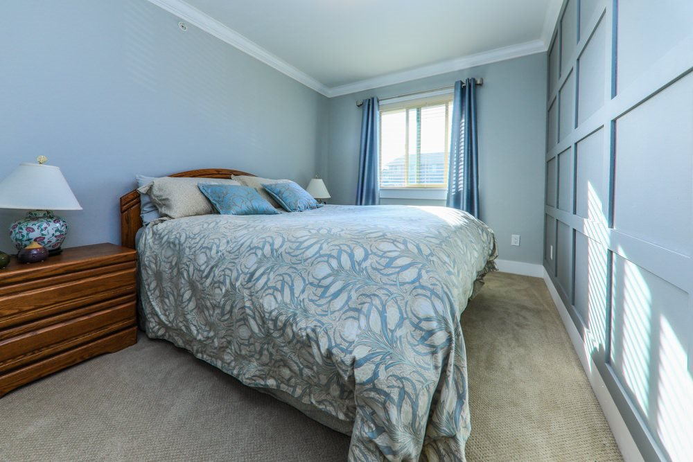 Photo 11: Photos: 7797 211B Street in Langley: Willoughby Heights Condo for sale : MLS®# R2350818