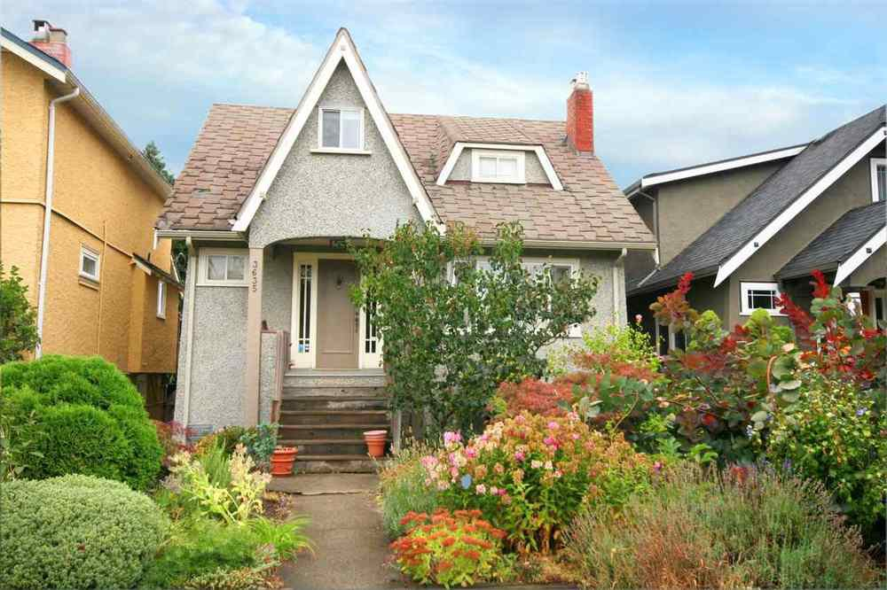 Main Photo: 3635 20 AVENUE in Vancouver West: Home for sale : MLS®# R2105527