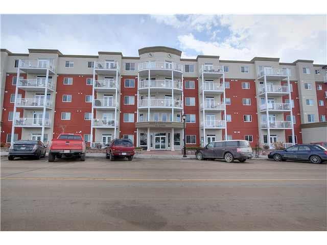 Main Photo: 313 5211 50 Street: Stony Plain Condo for sale : MLS®# E4172448