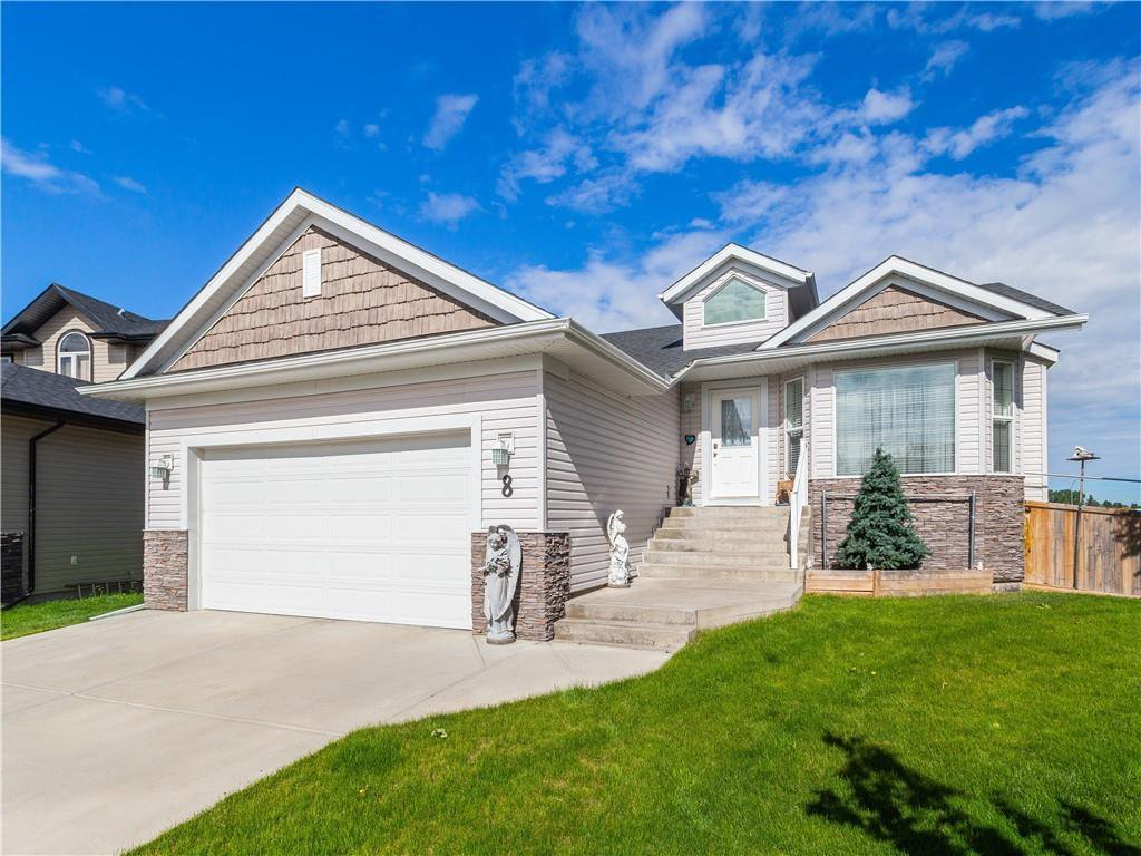 Main Photo: 8 Bondar Gate: Carstairs Detached for sale : MLS®# C4287231