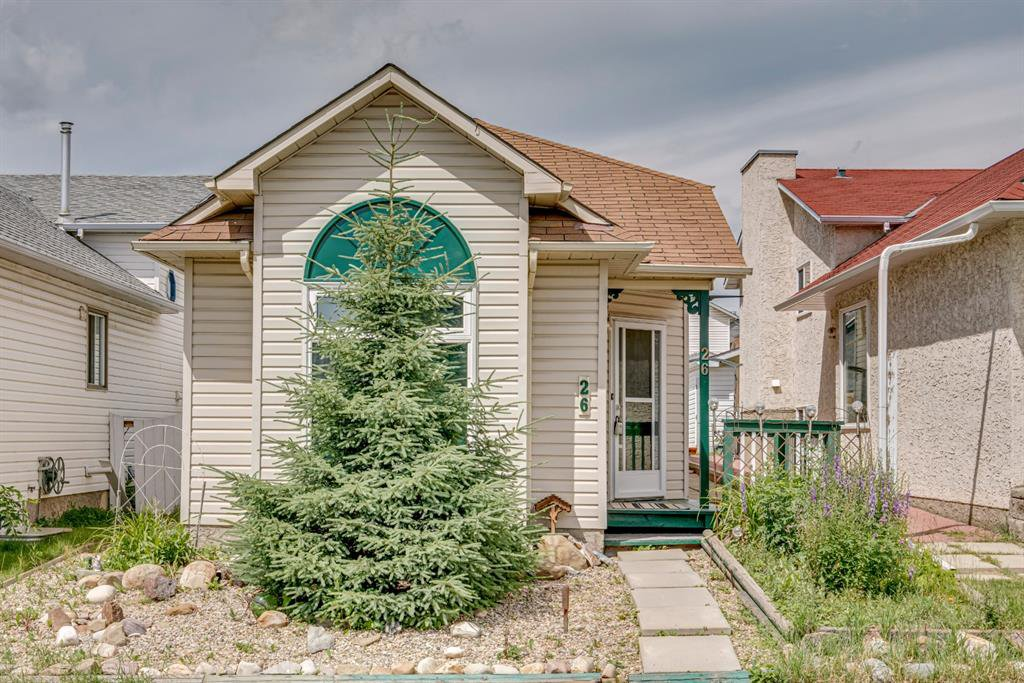 Main Photo: 26 Hunterhorn Crescent in Calgary: Huntington Hills Detached for sale : MLS®# A1014007