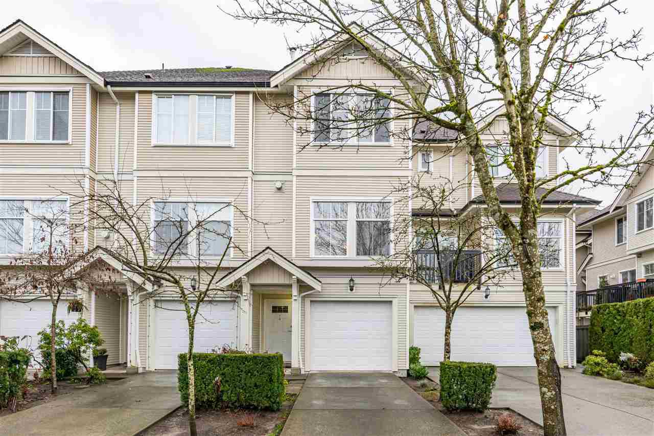 """Main Photo: 4 21535 88 Avenue in Langley: Walnut Grove Townhouse for sale in """"REDWOOD LANE"""" : MLS®# R2526417"""