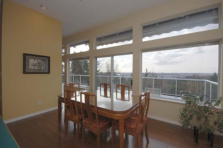 Photo 4: Photos: 924 LONDON Place in New Westminster: Connaught Heights House for sale : MLS®# V873832