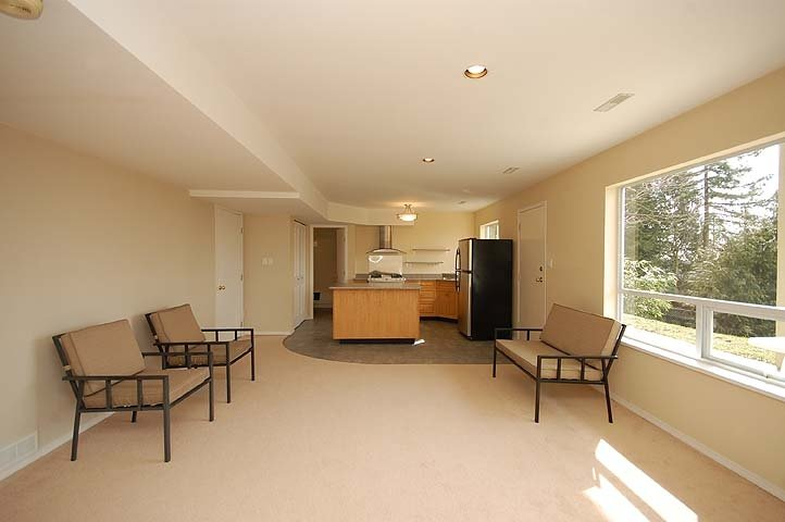 Photo 10: Photos: 924 LONDON Place in New Westminster: Connaught Heights House for sale : MLS®# V873832