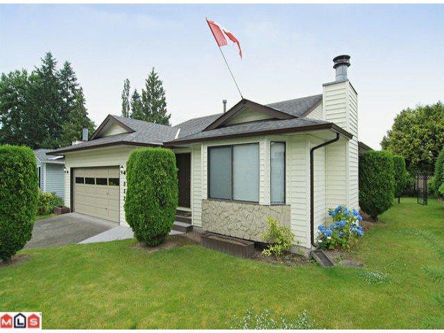 "Main Photo: 9524 209B Street in Langley: Walnut Grove House for sale in ""WALNUT GROVE"" : MLS®# F1118080"