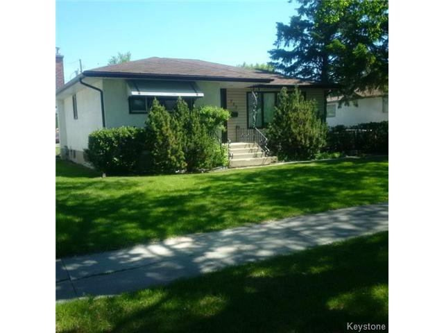 Photo 1: Photos: 737 Lansdowne Avenue in WINNIPEG: West Kildonan / Garden City Residential for sale (North West Winnipeg)  : MLS®# 1514809