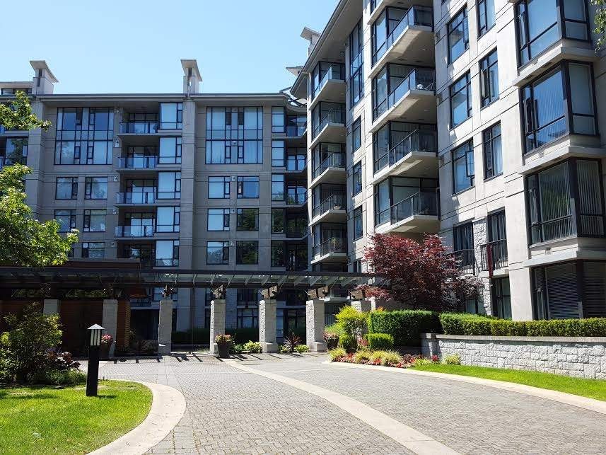 """Photo 3: Photos: 109 4685 VALLEY Drive in Vancouver: Quilchena Condo for sale in """"MARGUERITE HOUSE I"""" (Vancouver West)  : MLS®# R2073866"""