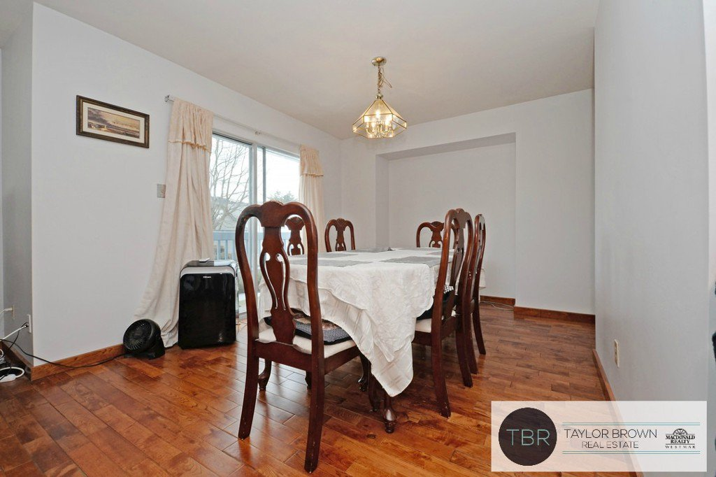"""Photo 3: Photos: 1382 SUTHERLAND Avenue in Port Coquitlam: Oxford Heights House for sale in """"OXFORD HEIGHTS"""" : MLS®# R2138930"""