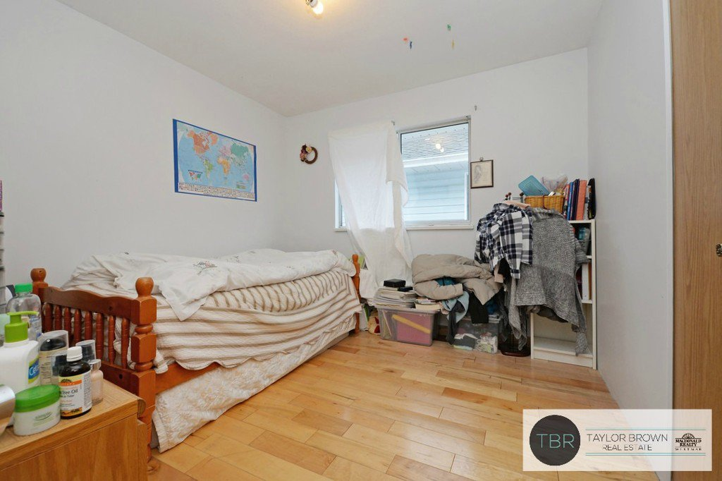 """Photo 8: Photos: 1382 SUTHERLAND Avenue in Port Coquitlam: Oxford Heights House for sale in """"OXFORD HEIGHTS"""" : MLS®# R2138930"""