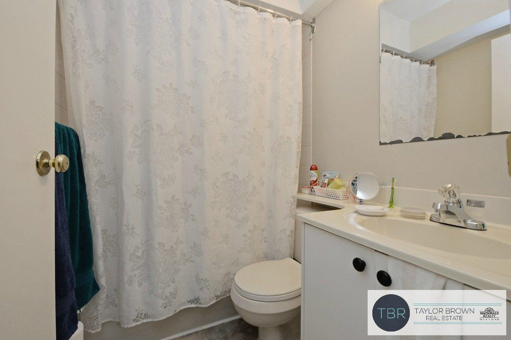 """Photo 20: Photos: 1382 SUTHERLAND Avenue in Port Coquitlam: Oxford Heights House for sale in """"OXFORD HEIGHTS"""" : MLS®# R2138930"""