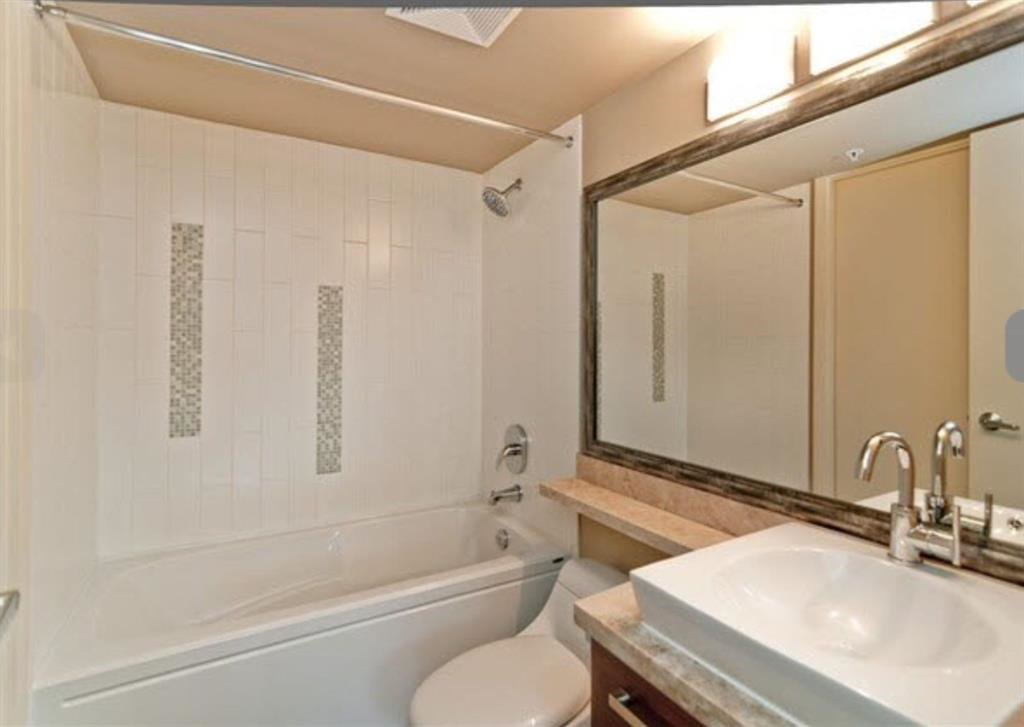 "Photo 4: Photos: 1405 2959 GLEN Drive in Coquitlam: North Coquitlam Condo for sale in ""THE PARC"" : MLS®# R2153891"