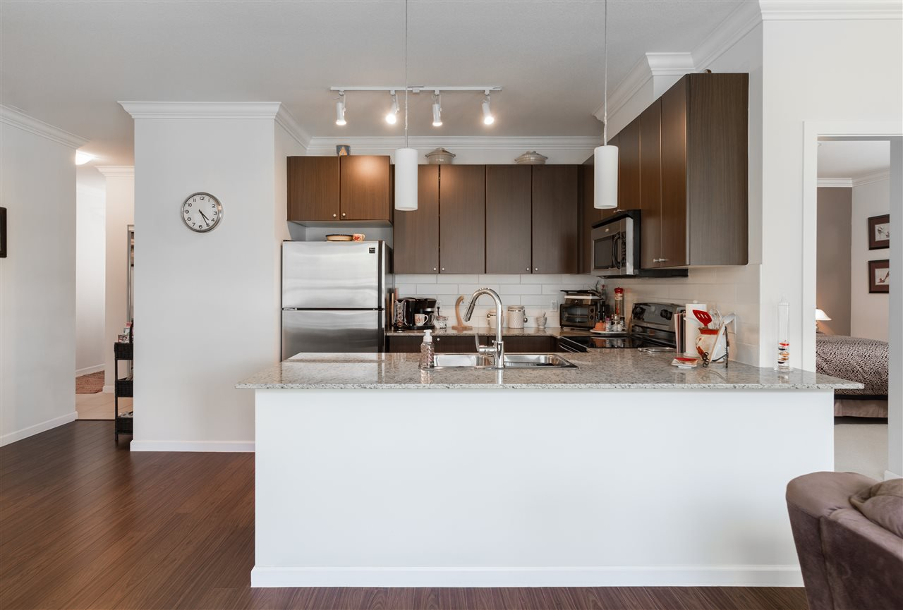 "Photo 10: Photos: 317 2484 WILSON Avenue in Port Coquitlam: Central Pt Coquitlam Condo for sale in ""VERDE"" : MLS®# R2182851"